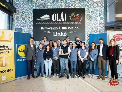 A equipa do Lidl Portugal que recebeu o prémio A Melhor Loja de Portugal. © Sara Matos