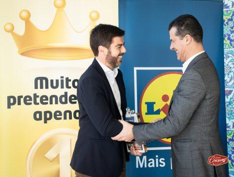 Alexis Latorre, diretor para a região de Lisboa, e Pedro Rebocho, administrador de vendas do Lidl Portugal. © Sara Matos