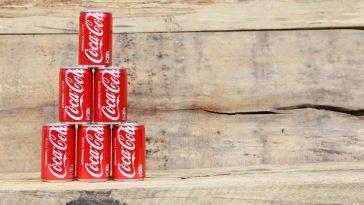 Vendas da Coca-Cola afundam 25% devido ao coronavírus