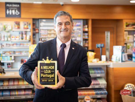 Armando Oliveira, administrador delegado da Repsol Portuguesa, recebeu o prémio A Melhor Loja de Portugal