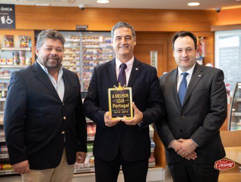Luis Bernardo, responsável Rede Própria, Armando Oliveira, administrador delegado, e Rui Aires, diretor EESS da Repsol Portuguesa